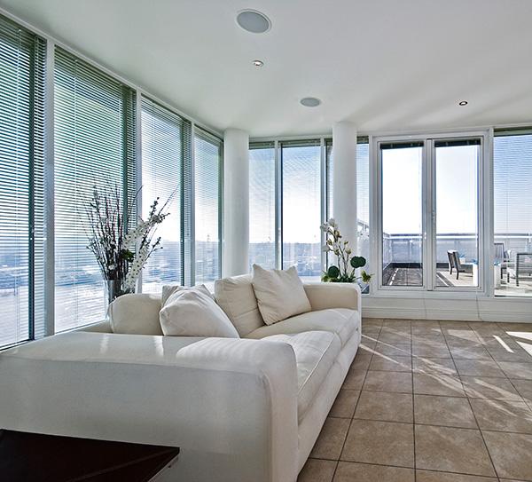 distribution audio conception et installation sur mesure. Black Bedroom Furniture Sets. Home Design Ideas